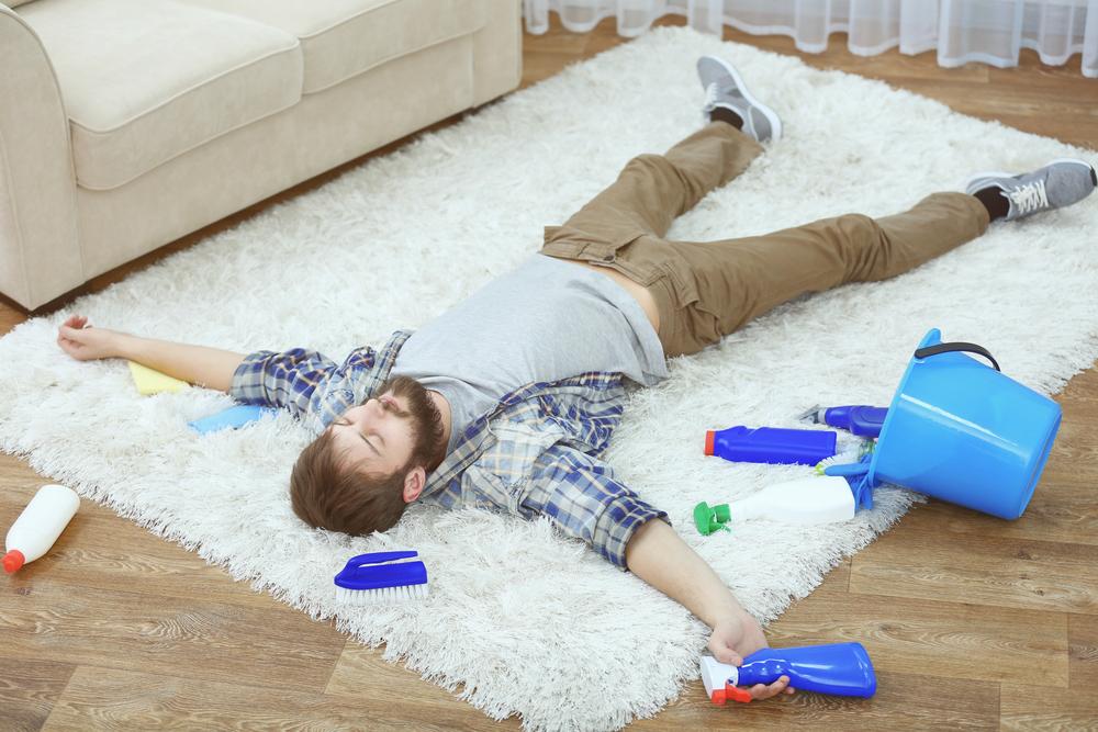 Фото уборки квартиры смешные